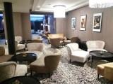 čalouněný nábytek pro lobby bar hotelu King Court v Praze