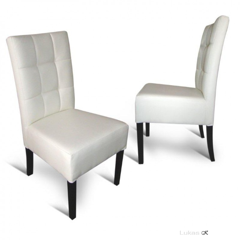 čalouněná židle 98 TL prošitá do čtverců
