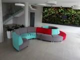 modulový kulatý sedací nábytek pro firemní recepci