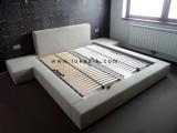 moderní čalouněná postel  H01