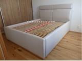 čalouněná postel 6020